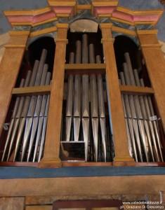 SS.Pietro e Andrea Castelbasso organo