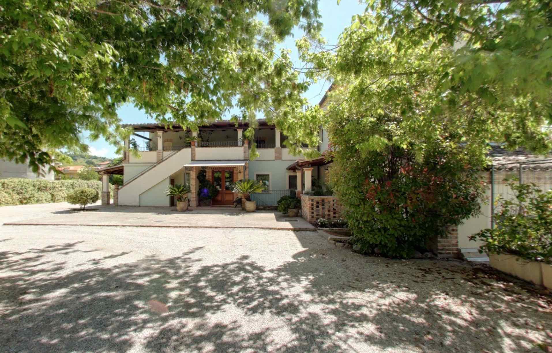 Villa Gobbi esterno