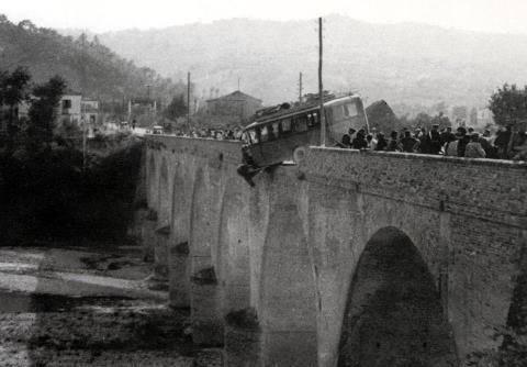 Il miracolo del ponte sul fiume Vomano