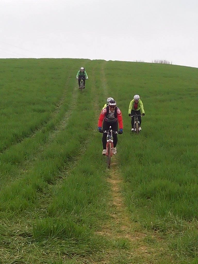 destinazione abruzzo valle delle abbazie mountain bike 1